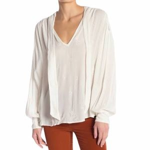 FREE PEOPLE | White V-Neck Embroidered Blouse NWT